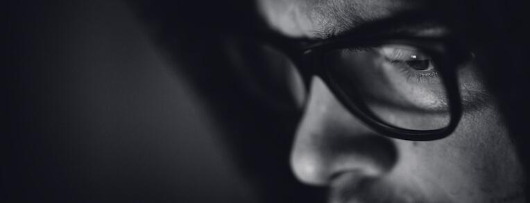 Gotcha! 9 Ways to Spot Shady Facial Plastic Surgeons